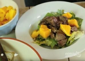 Салат с куриной печенкой - фото шаг 11
