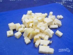 Салат со свеклой, сыром и яйцами - фото шаг 4