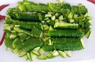 Салат из свежей белокочанной капусты - фото шаг 1