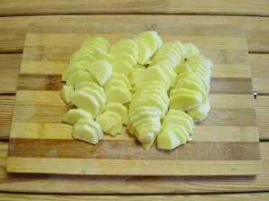 Жареная картошка с луком - фото шаг 2
