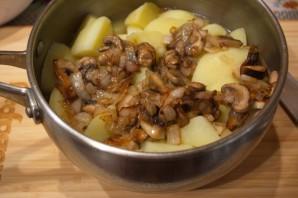 Картофель, тушеный с грибами - фото шаг 6