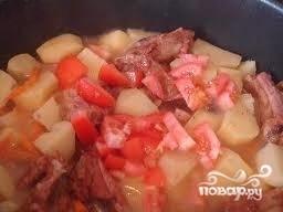 Картошка с копчеными ребрышками - фото шаг 5
