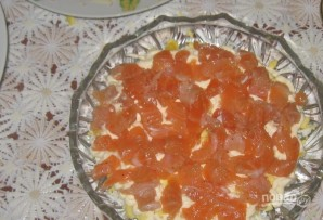 Салат с семгой и красной икрой - фото шаг 2