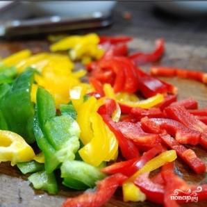 Удон с креветками и овощами - фото шаг 3