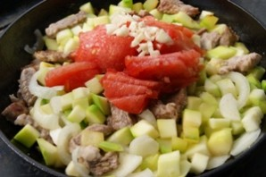 Мясное рагу с кабачками - фото шаг 3