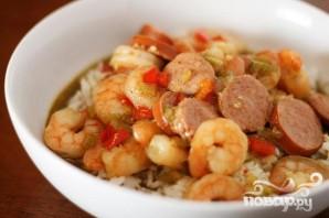 Креветки с сосисками и рисом - фото шаг 4