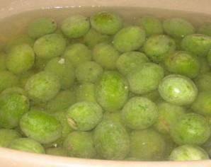 Варенье из зеленых грецких орехов - фото шаг 3