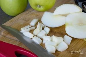 Тесто с яблоком и карамелью - фото шаг 1