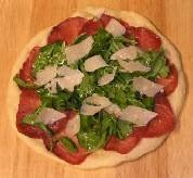 Пицца с рукколой и ветчиной - фото шаг 4