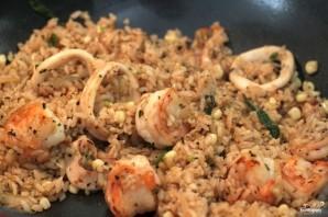Жареный рис с морепродуктами по-тайски - фото шаг 6