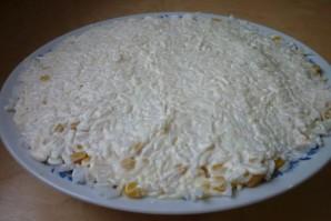 Салат с горбушей и сыром - фото шаг 4