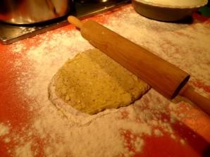 Пирог с лисичками и курицей - фото шаг 7