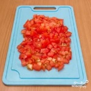Камбала, запеченная с помидорами - фото шаг 2