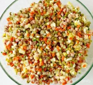 Салат из соленых огурцов - фото шаг 4