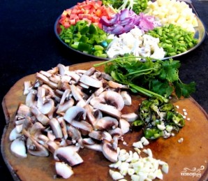 Овощи в духовке под сыром - фото шаг 1
