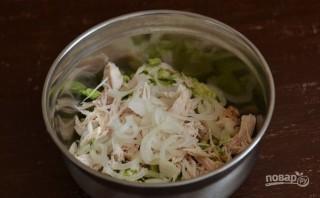 Рецепт салата с пекинской капустой и курицей - фото шаг 3