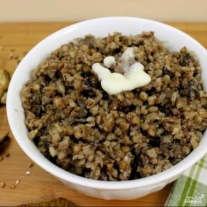 Гречневая каша с грибами и луком - фото шаг 6