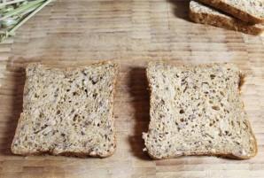 Бутерброды с килькой - фото шаг 1