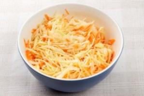 Свежий салат из капусты с морковью - фото шаг 5