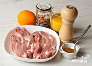 Стейк из свинины с апельсиново-горчичным соусом - фото шаг 1