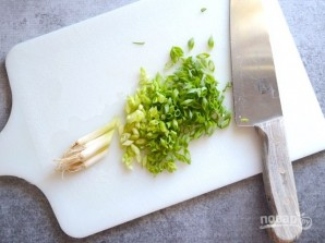 Спагетти с зеленым луком - фото шаг 2