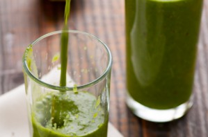 Зеленый коктейль с горохом - фото шаг 3