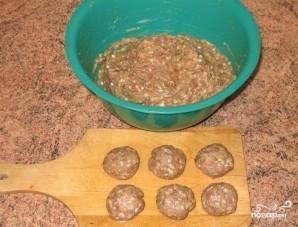 Тефтели с сырым рисом - фото шаг 5
