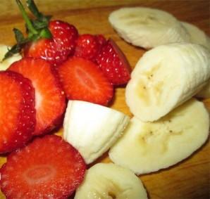 Десерт из клубники и банана - фото шаг 1
