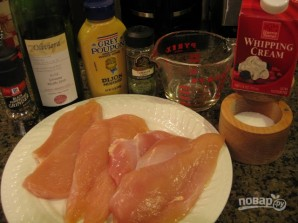 Курица в сливочном соусе на сковороде - фото шаг 1