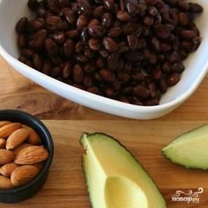 Шоколадные пирожные с фасолью и авокадо - фото шаг 1