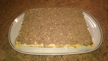Слоеный торт с рыбой - фото шаг 7
