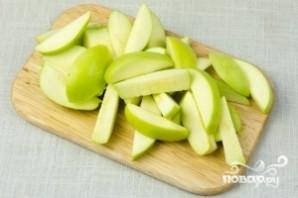 Маринованные помидоры с яблоками - фото шаг 3