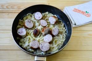Колбаски по-итальянски с перцем и луком - фото шаг 5