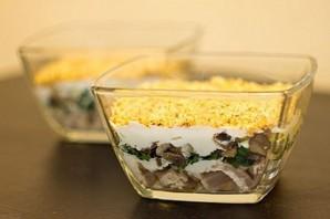 Салат с курицей и грибами - фото шаг 6