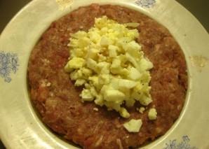 Зразы с яйцом в духовке - фото шаг 7