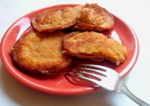 Колбаса в кляре с сыром - фото шаг 5