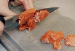 Пирог слоеный с рыбой - фото шаг 3