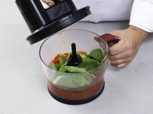 Простой суп из морепродуктов в мультиварке - фото шаг 1