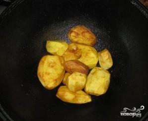 Картофель в казане - фото шаг 7