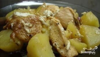 Курица с картофелем в фольге - фото шаг 7