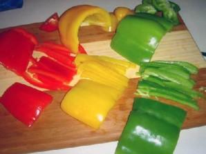 Овощной салат с креветками и лимоном - фото шаг 3
