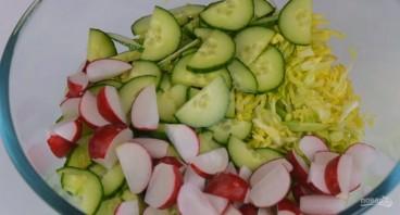Простой и легкий салат без майонеза - фото шаг 1