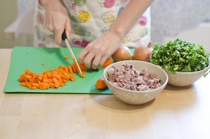 Суп щавелевый с мясом - фото шаг 2