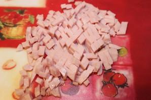 Фаршированные помидоры ветчиной и сыром - фото шаг 1