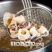 Хрустящие кальмары с рисом - фото шаг 5