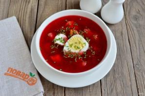 Свекольный суп с яйцом - фото шаг 10