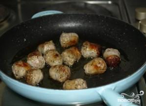 Колбасная запеканка с помидорами и фасолью - фото шаг 2