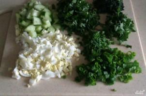 Салат из одуванчиков и крапивы - фото шаг 2