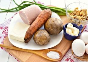Слоеный салат с маринованными грибами - фото шаг 1