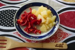 Курица с овощами и ананасами - фото шаг 4